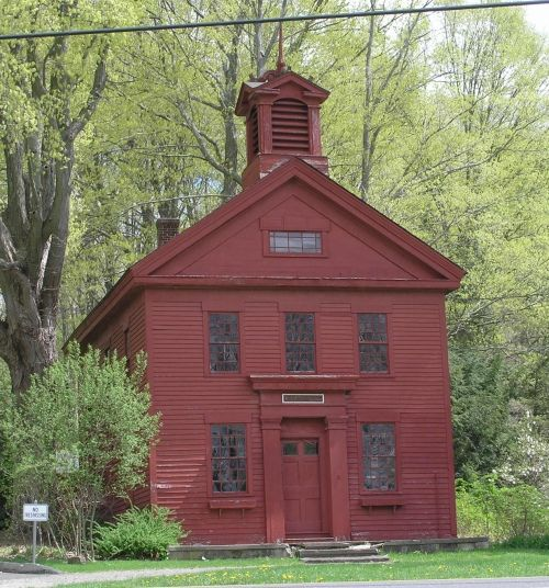 1840 school house | June 27th, 2011 Posted in Greek Revival , Schools , Southbury