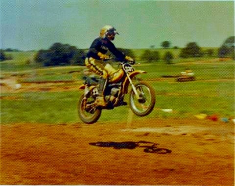 young racer flying high    noguchi yamaha yz vintage dirt pinterest