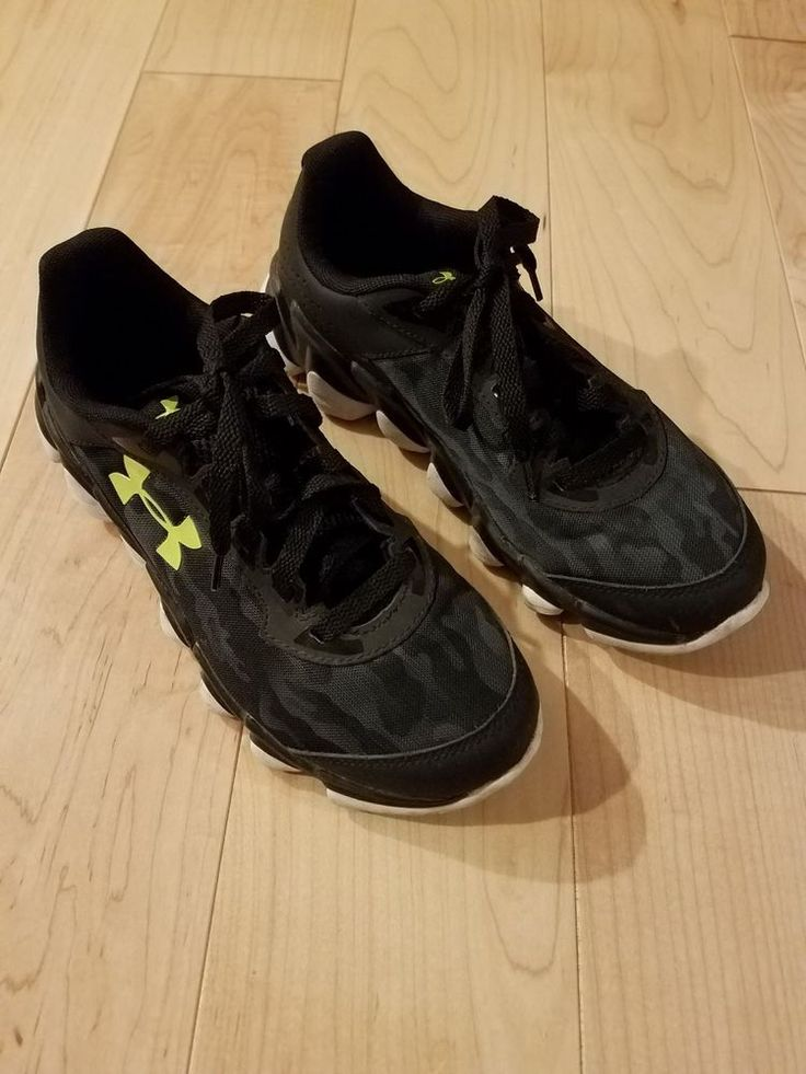 Boy's Under Armour Running Shoes Sneaker Camo Black  / Yellow Sz 6Y #UnderArmour #RunningShoes