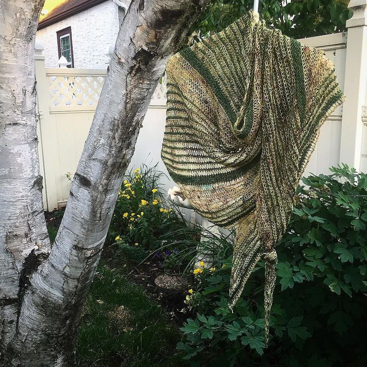 Lesley @knitgraffiti is a texture genius. Here's my Breezy Cabana test knit in the wild. She's running a KAL in the Knit Graffiti Ravelry group with lots of prizes-go check it out! #breezycabana #breezycabanashawl #knitgraffiti #knitgraffitidesigns #testknitsarethebestknits #testknit #knitstagram #testknitting #hazelknits #threesistersfiberco #birchtree #flowergarden #greenery #sockyarn #fiberart #slowfashion #breezycabanakal