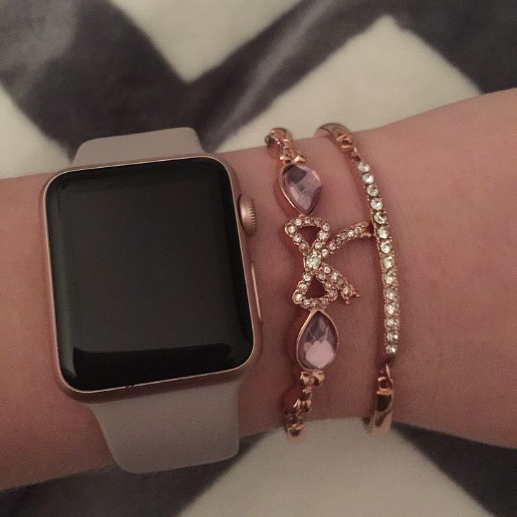 Arm of the day - Apple Watch - Iwatch- betsey johnson