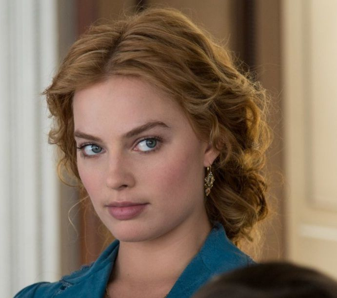 "Get Margot Robbie's Pulled Back Wavy Hairstyle From ""The Legend of Tarzan"""
