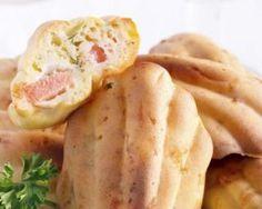 Madeleines au saumon fumé pour repas sur le pouce : http://www.fourchette-et-bikini.fr/recettes/recettes-minceur/madeleines-au-saumon-fume-pour-repas-sur-le-pouce.html