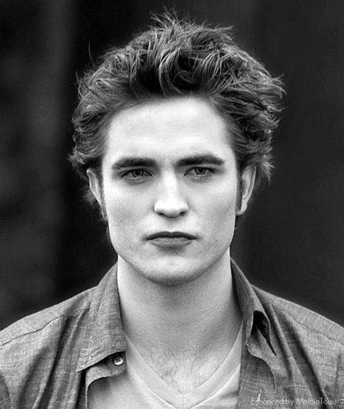 Edward Cullen (Robert Pattinson) 'TheTwilight Saga'