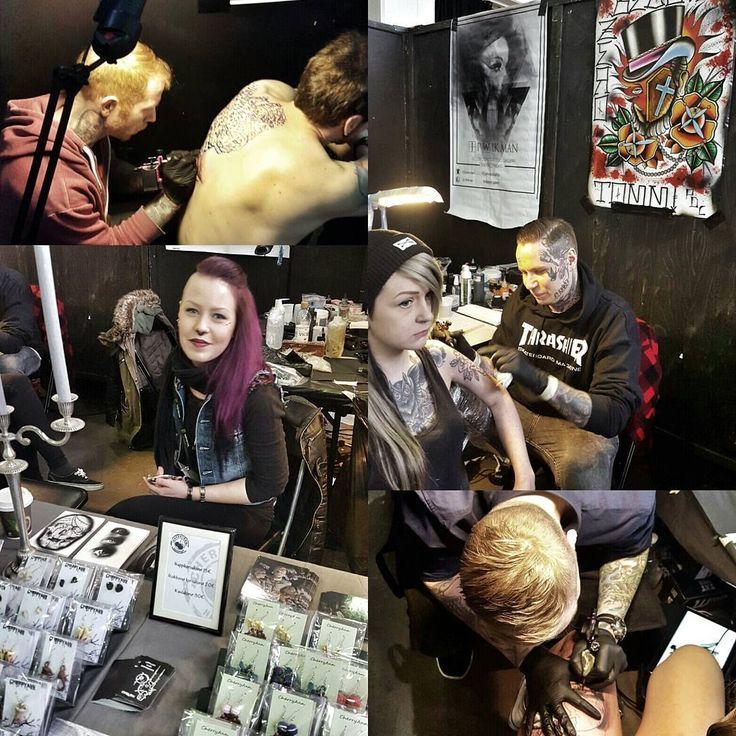 Day 2 at the Helsinki International Tattoo Convention @tatuointimessut! Come and say hi! ☺ @mikkoinksanity @tommipdc @__cherryann__ @jpwikman #hitc2016 #helsinkitattooconvention #tatuointimessut #helsinki #igershelsinki #igersfinland #tattoo #tatuointi #tattoofamily #piercer #kaupunginkuuminlävistäjä #koru #käsityö #cherryanncrafts #handmade