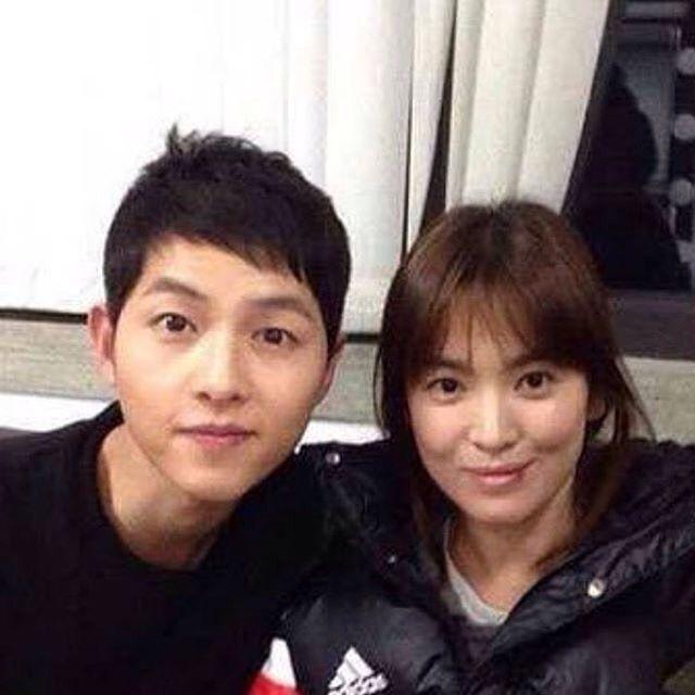 SongSong Couple . . Cr to the owner. . . #songjoongki #songhyekyo #kimjiwon #jingoo #descendantsofthesun #kbs2 #koreandrama #kdrama ##kpop #sjkph #songjoongki #descendantsofthesun#songhyekyo #kbs #songsongcouple #dotsph