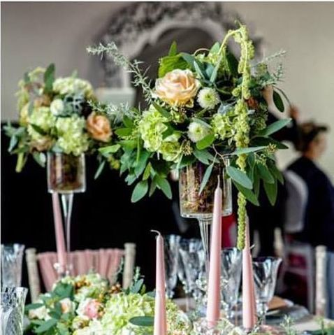Stunning floral display by Jo Beth!  We love working with such a lovely, talented florist! #weddingflowers #peachtheme #weddingdecor x