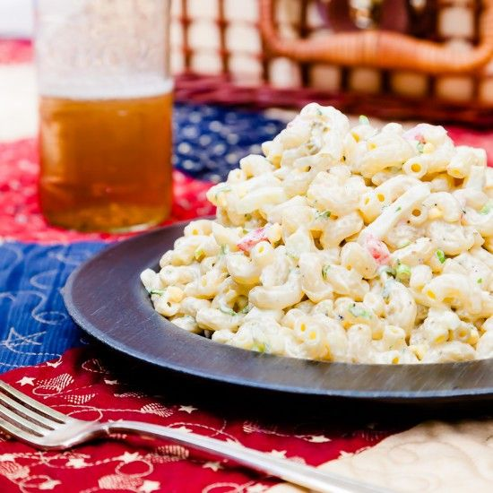 Creamy Macaroni Salad: Chef Wife, Creamy Macaroni Salad, Creamiest Macaroni, Salad Recipes, Yummy Food, Macaronisalad, Macaroni Salads, Creamy Mac A Ronis Salad, Food Appetizers Drinks