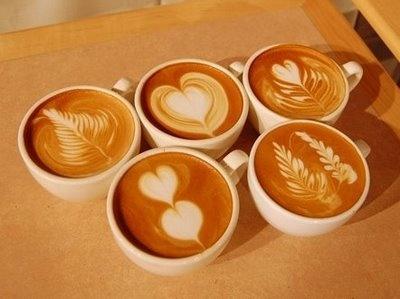 the art of coffee: Latte Art, Memorial Design, Coffeeart, Cups Of Memorial, Heart Art, Hot Chocolates, Coffee Art, Memorial Art, Latteart