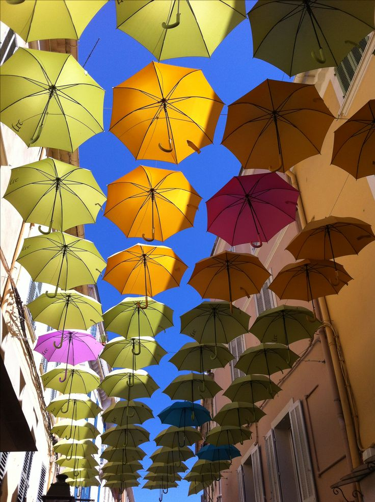 #Toulon, #France. Get some great trip ideas and start planning your next trip! See More: RoutePerfect.com