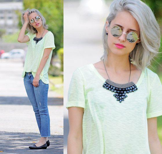 Jeans and Neon l TUDOORNA . COM (by Julia Alcântara) http://lookbook.nu/look/4245653-Jeans-and-Neon-l-TUDOORNA-COM
