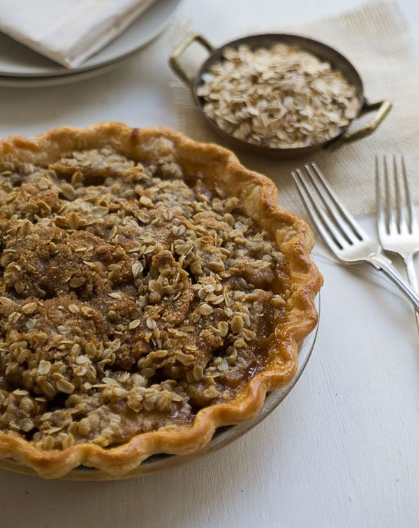 Caramel Pear Pie with Oat Crumble // I make this same recipe with fresh ginger for an added kick - yummy!!