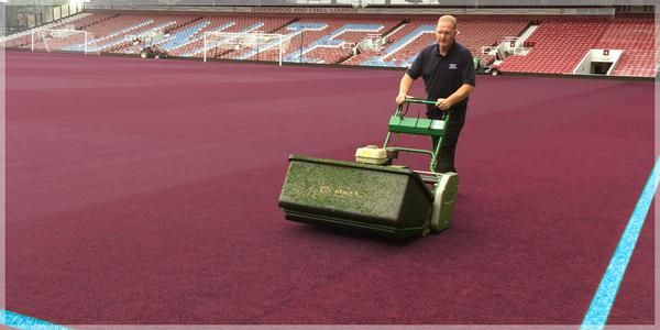 Claret and Blue Day http://www.whufc.com/News/Articles/2015/August/10-August/Claret-and-Blue-Day!