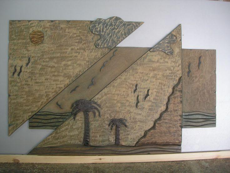 Χειροποίητη δημιουργία μου σε ξύλο-υπάρχει δυνατότητα διαφοροποιήσεων.