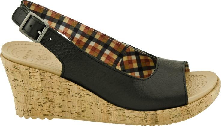 56 best summer sandal showcase images on pinterest for Crocs fleurs