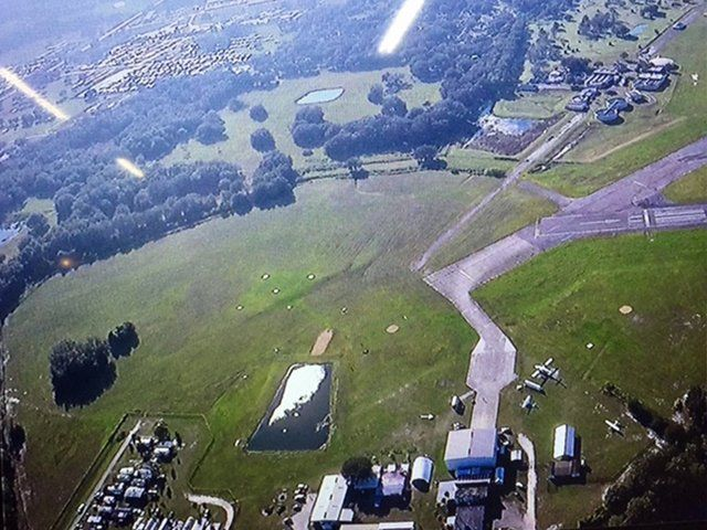 Zephyrhills: Police detectives are investigating the circumstances surrounding the death of a skydiver in Zephyrhills, Florida. Management at Skydive City told Tampa-based WFTS, the skydiver was experienced and had a properly working parachute and reserve parachute.