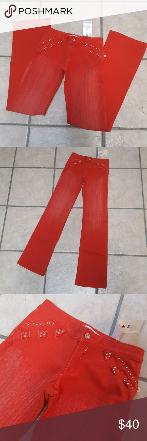 Sale!!NWT Brasil Star super stretch Moleton pants Sale!! price dropped limited time!! $40----$35  NWT Brazil Star Moleton pants  Size Brazilian 36/Colombian 6/US 0-1(XS) Made in Brazil. Just tried on and kept in closet. Washed and Super stretchy design Moleton pants. make your butt lift well;) Brasil Star Jeans Boot Cut