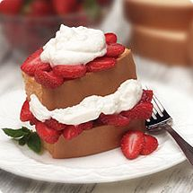 It doesn't get any easier... Sarah Lee Pound Cake, Cool Whip and strawberries!