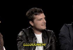 The Hunger Games katniss everdeen jennifer lawrence Josh Hutcherson Peeta Mellark Liam Hemsworth gale hawthorne Catching Fire Mockingjay JHutch everlark Jlaw galeniss joshifer jiam mockingjay part 1
