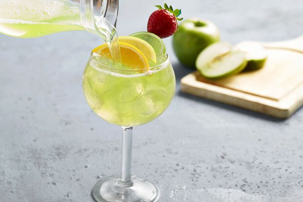 Best 25 olive garden moscato ideas on pinterest wine - Olive garden green apple sangria ...