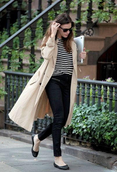 Stripes, black skinnies, ballerinas, trench. Love it all on Liv Tyler.