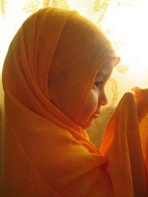 Young Beautiful Hijabi in The Worlds http://hijabcornerid.com/
