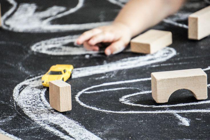 Zbuduj miasto – kreatywna gra dla dziecka