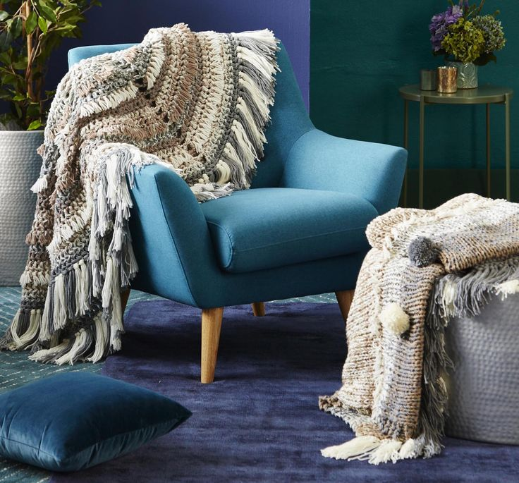 This 'Neutral Mist' knit kit option is for those chilly night indoors by the fireplace (or heater) with a darn good book.  Comes in wool or acrylic.