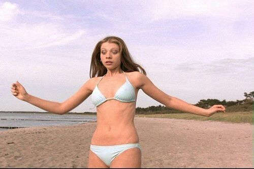 dawn from buffy in eurotrip in bikini