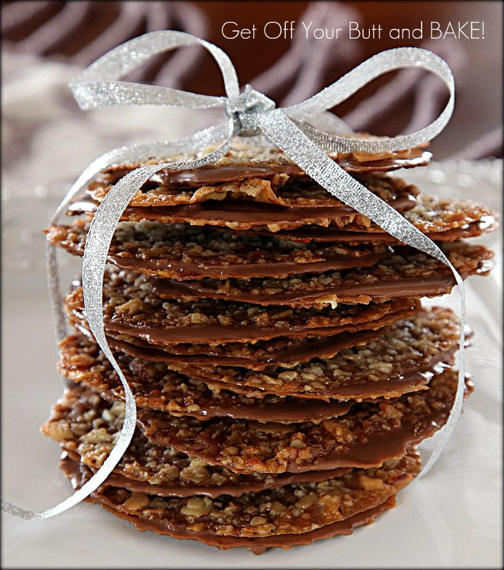 ITALIAN FLORENTINE'S  ITALIAN FLORENTINES    Yield:  A single recipe made 40 cookies and 10 small Cream Horns    2/3 cup Butter  1 cup Oatmeal  1 cup chopped sliced Almonds  1/4 cup Toasted Coconut  1 cup Sugar  2/3 cups all purpose flour  1/4 cup light corn syrup  1/4 cup Cream + 1 Tablespoon  1 teaspoon vanilla  12 oz. bag of semi or Milk Chocolate chips + 1 Tablespoon Crisco Shortening