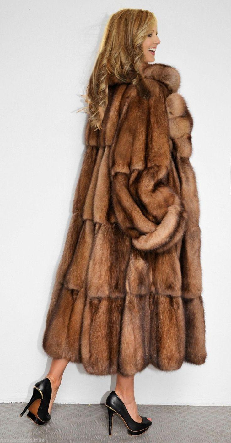 Julie skyhigh in sable fur coat - 1 8