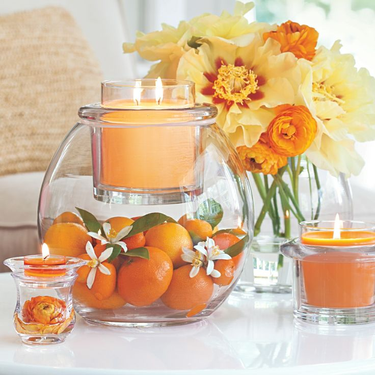 It's Winter/Spring sneak peek week at PartyLite! Meet the new Clearly Creative GloLite Jar Holder available 12/19.