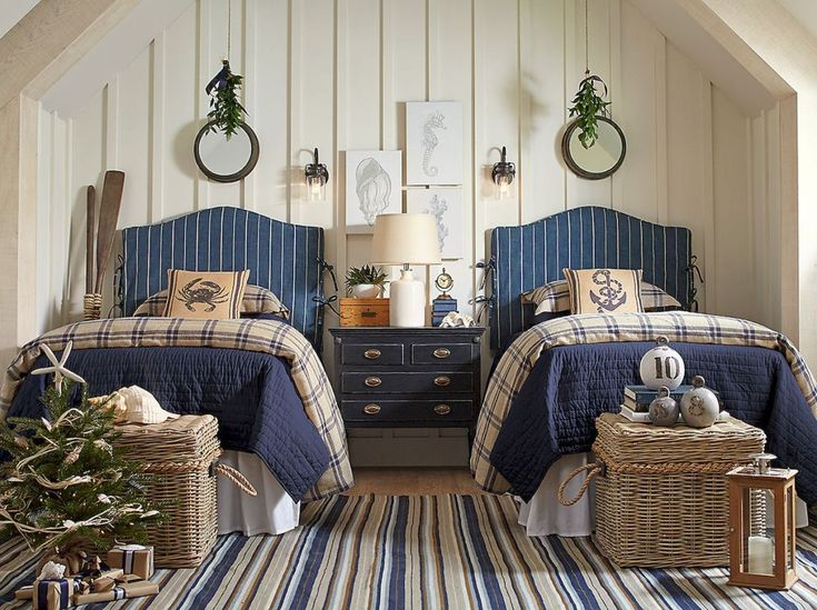 Modern Coastal Bedroom Decorating Ideas (14)