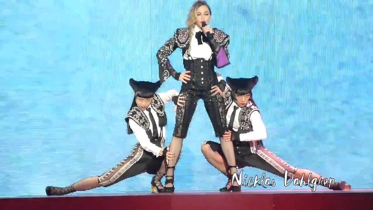 Madonna   Living For Love (Rebel Heart Tour) DVD Edition