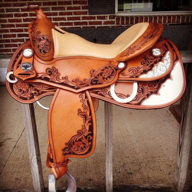 C24 Sonoma Supreme by www.continentalsaddlery.com Reiningsaddle mysaddle madeintheusa continental saddle reining Nrha