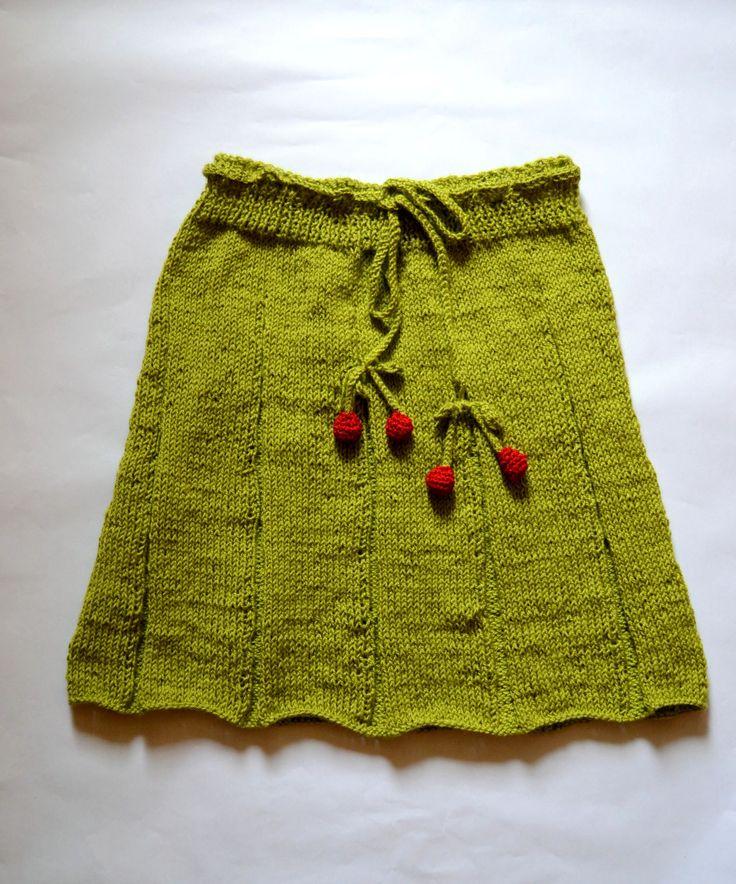 Fusta tricotata dama (150 LEI la giulia.stroe.breslo.ro)