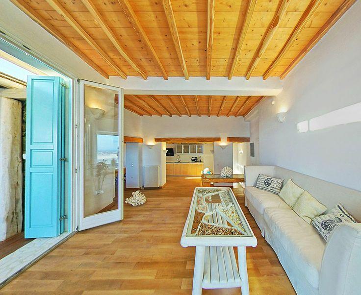 Castor villa living room