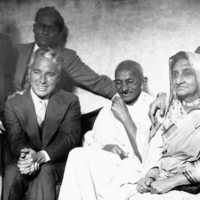 Mahatma Gandhi with wife Kasturba and Charlie Chaplin in London 1931