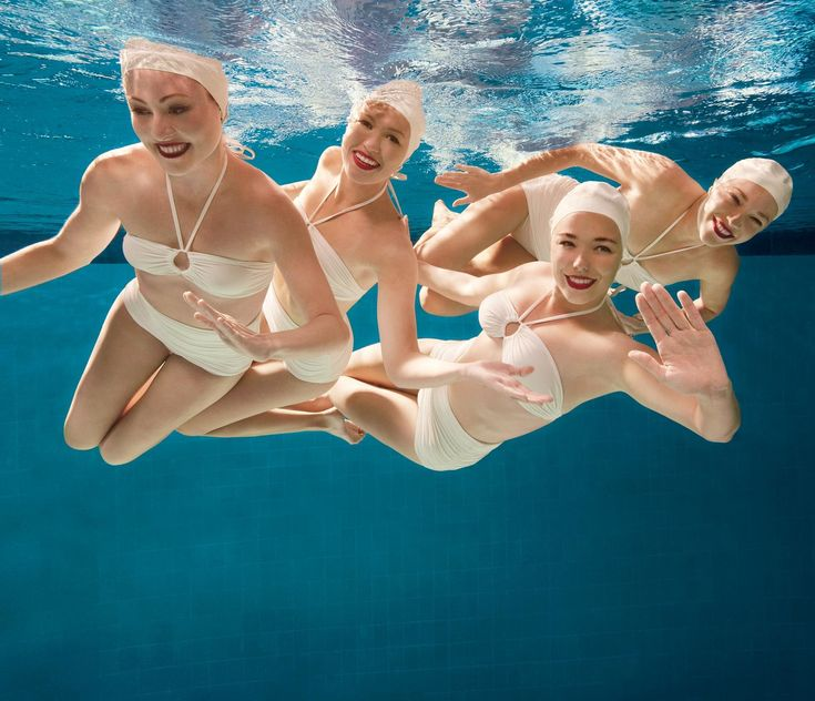 Who better to turn to for tips on waterproof makeup than U.S. synchronized swimmers Anita Alvarez and Mariya Koroleva?