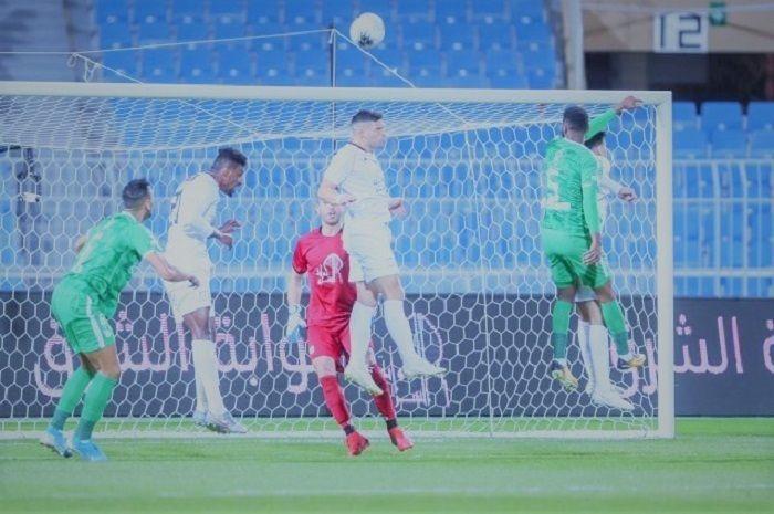 بث مباشر مشاهدة مباراة الأهلي والشباب الدوري السعودي Soccer Field Football Soccer