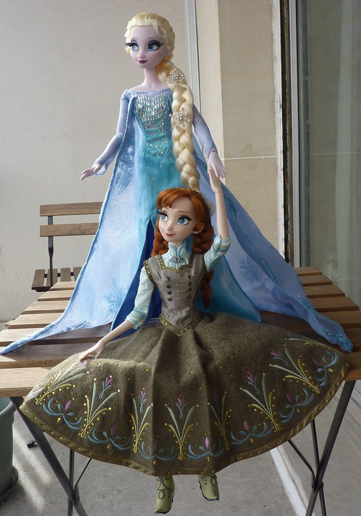 disney Frozen Anna and Elsa Limited edition dolls
