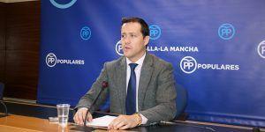 Velázquez exige a Page que no dé la espalda a los profesionales de nuestra Sanidad y apoye la carrera profesional sanitaria como pide el PP