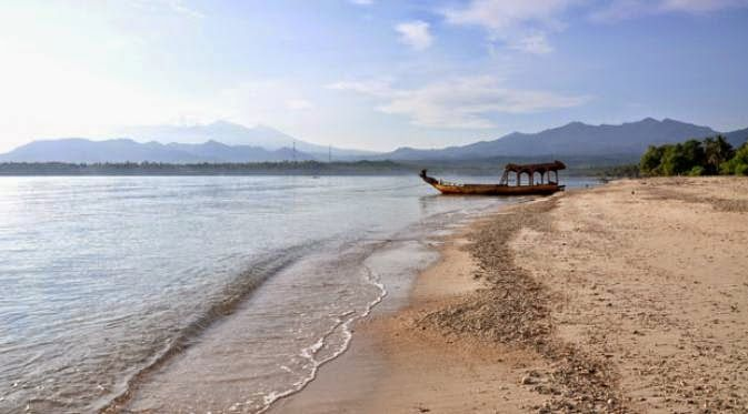 Seven Beautiful Beaches In Indonesia That Is Still Unspoiled