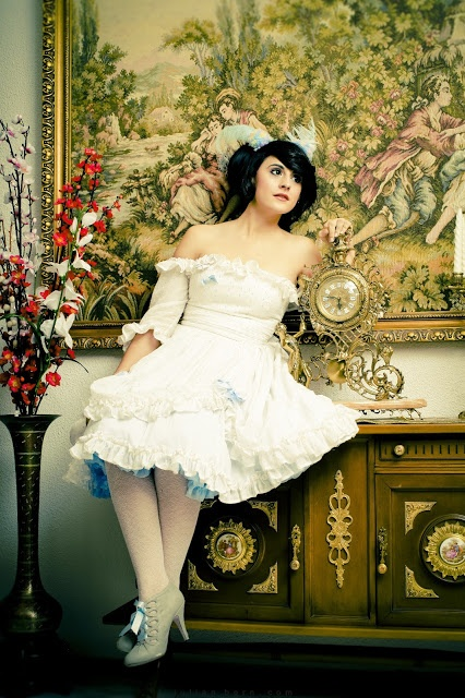 Mad Tea Pary    Ph: Julian Bern  Models:  Alice - Anshin R. Doyle  Queen of hearts - Sara L. Orcajo  March Hare - May Flamingo  Mad Hatter - Fidel David