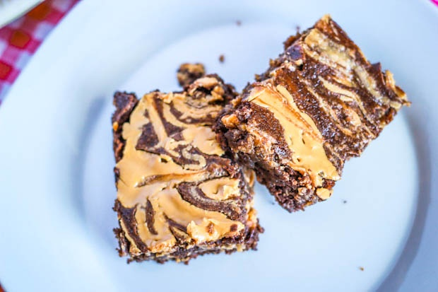 Skinny Peanut Butter Swirl Brownies    3/4 cup creamy peanut butter (I used Jif Creamy)  6 oz. low fat vanilla yogurt (could use fat free)  1/4 cup skim milk (or almond milk)  1 egg  1/4 tsp salt  1 tsp baking powder  1 cup sugar (or Splenda)  1/2 cup unsweetened cocoa powder  1/2 cup old-fashioned rolled oats