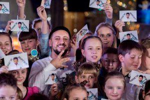 Монатік зустрічається з дітьми | Lucky Ukraine | № 1 блог-журнал Украины об интересных людях и интересных событиях