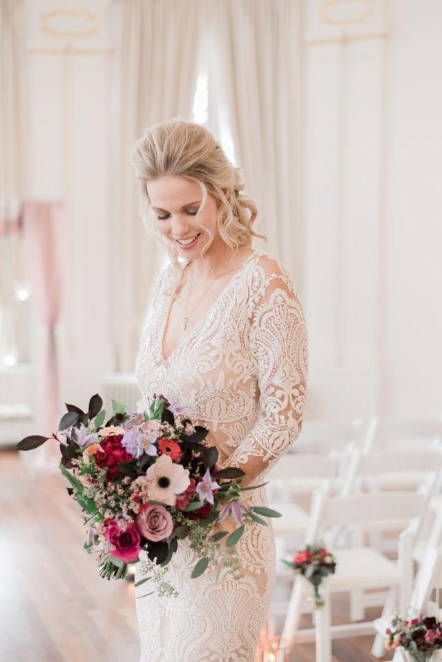 Brautstrau Trends 2019 Die Blumentrends Des Jahres Findest Du Auf Theperfectwedding De Brautstrauss Brautst In 2020 Braut Kleid Hochzeit Hochzeitskleid Spitze