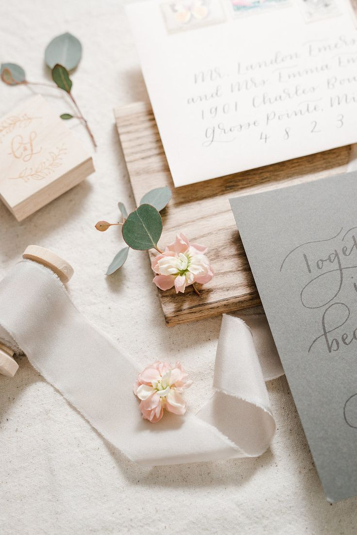 Custom southwest wedding invitation suite, hand lettering and letterpress by Paper & Honey ®️️ / www.paperandhoney.com / heirloom quality wedding stationery suites serving Detroit, Ann Arbor, Grand Rapids Michigan and worldwide (photo by Andrea Pesce Photography)