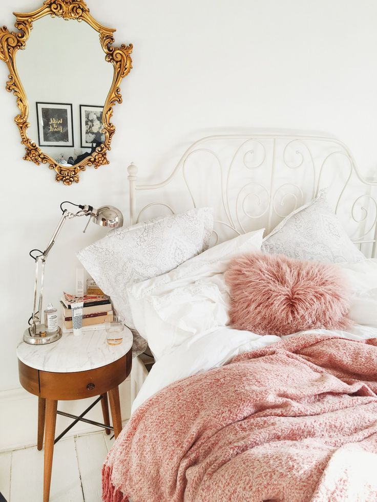 /katelavie_/'s bedroom perfection with white walls, dusky pinks and marble mid-century bedside table