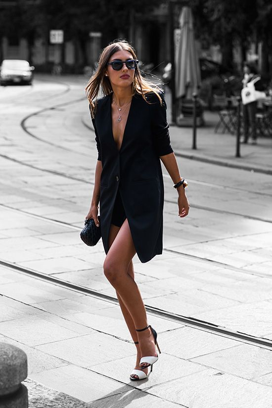 @AdelineLeeuw  street style fashion total black long blazer as dress heels outfits parisian @stylewithveni